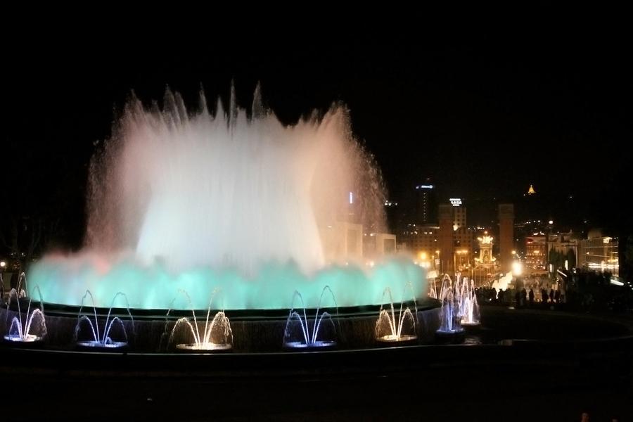 Barcelone en famille La fontaine magique de Montjuic