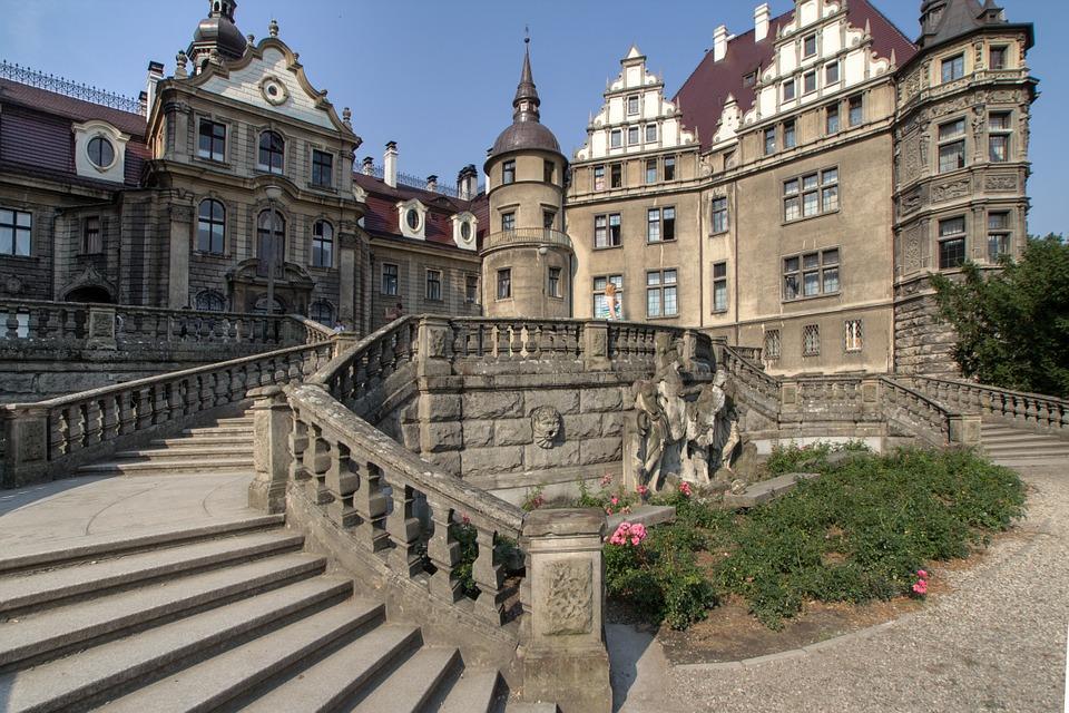 Château de Moszna, chateau conte de fée en Pologne