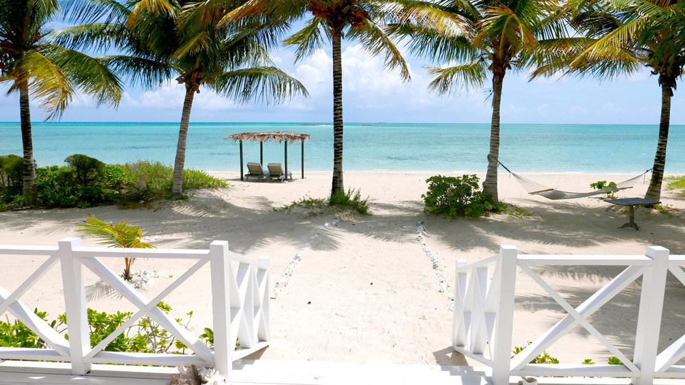 luxury-hotels-bahamas-kamalame-cay-cottage-suite-view_lg